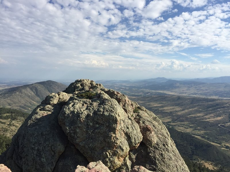 Shot of the ridge crest from the peak of Horsetooth Rock