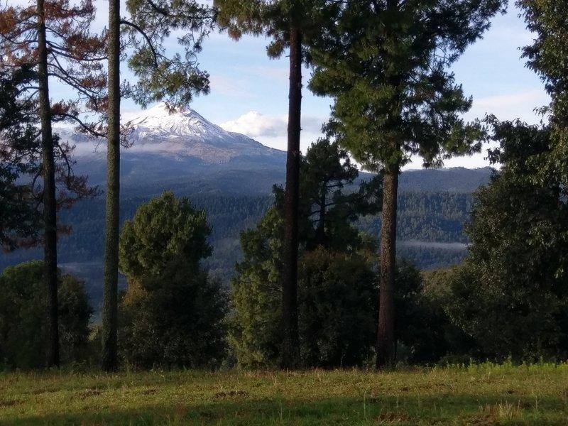 Vista over Izta from Tlaloc
