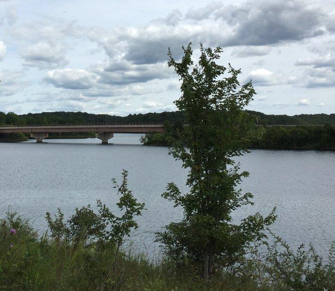 Near-trailhead view of Clarksburg Rd. bridge over Little Seneca Lake.