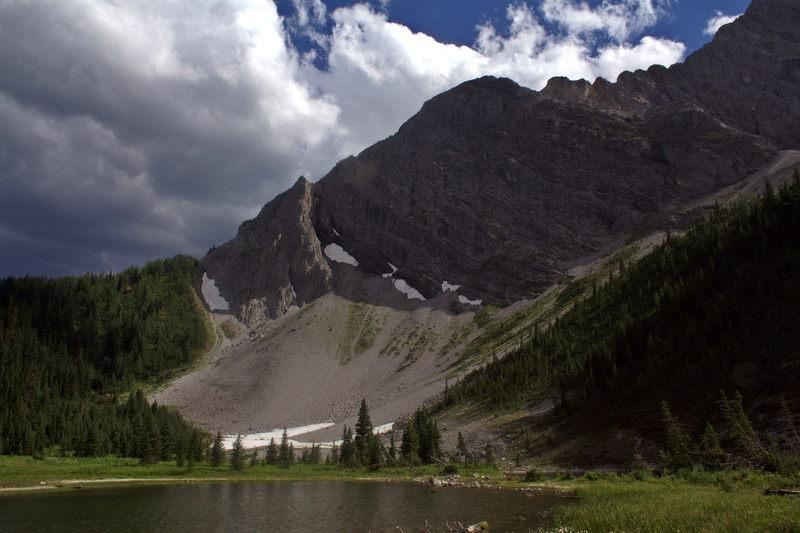 Mountain view at Running Rain Lake