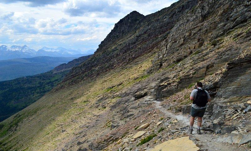 Descending toward Granite Park Chalet.