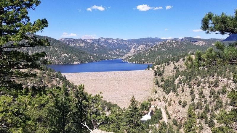 Reservoir and dam