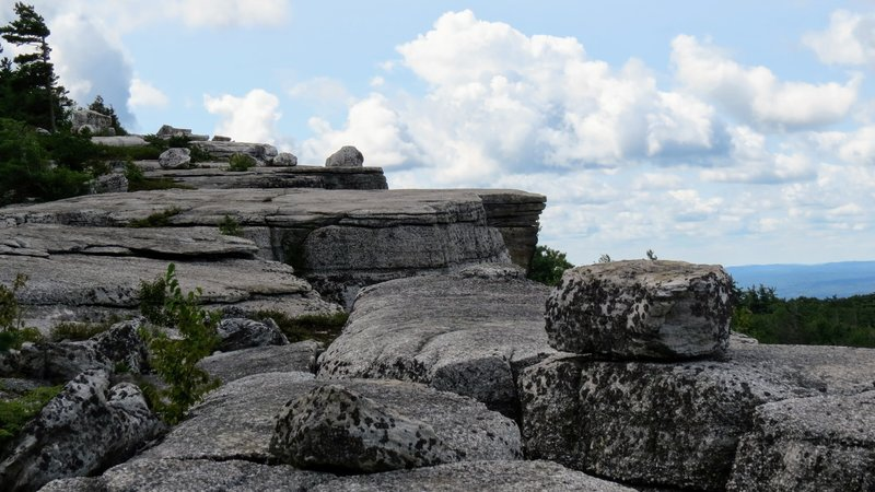 The ledges near Gertrude's Nose have a sheer drop and many deep fissures across the landscape. Be sure to stay on trail as much as possible or risk having to backtrack to avoid an impassable crevice.
