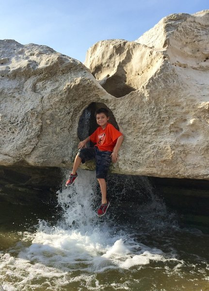 When the water is at low level season the kids love climbing around on the scupltured rocks in the shallows.