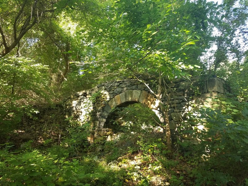 Interesting ruins of a small 18th century stone cottage.