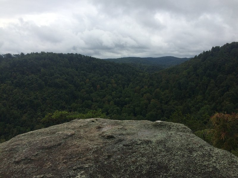 Overcast day at Eagle's Nest lookout