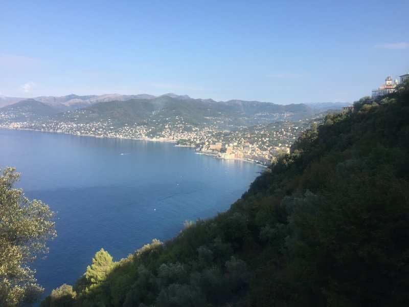 Sea views looking back to Camogli are plentiful in the first portion of the trail to Mortola.