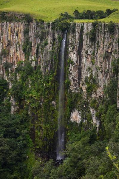 The iconic waterfall of the Karkloof reserve