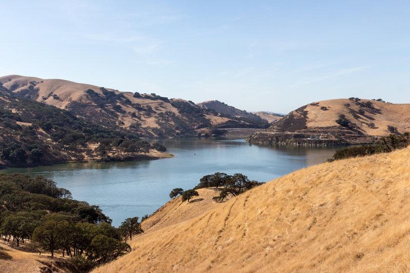 Lake Del Valle and Del Valle Dam.