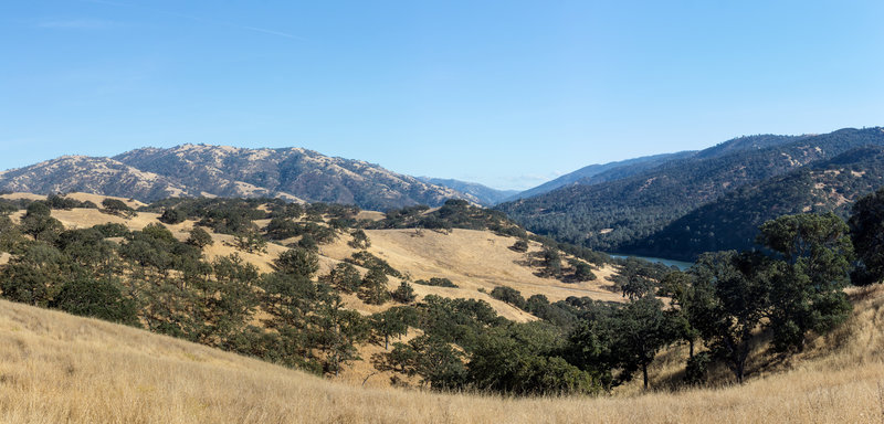 Del Valle Regional Park from the Ridgeline Trail