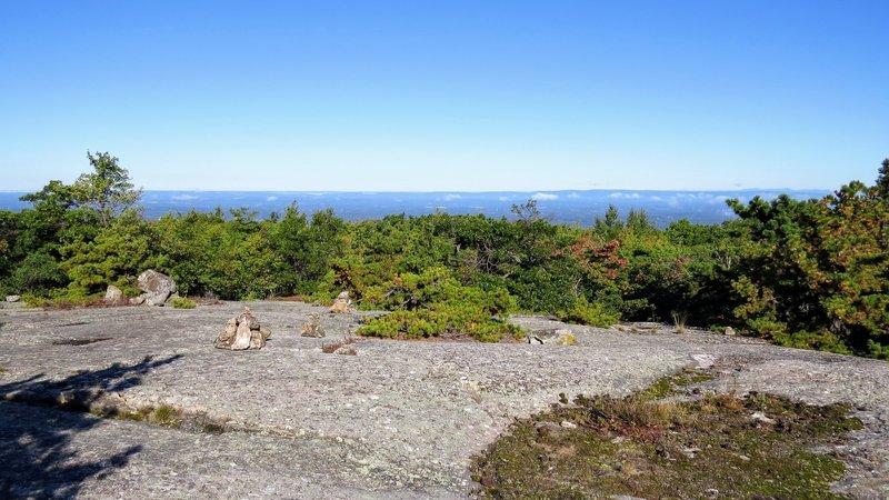 Cairns mark the ridgeline atop Jessup Trail in Schunnemunk State Park.