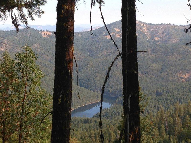Looking north from Elliott Ridge Trail, Squaw Lake below.