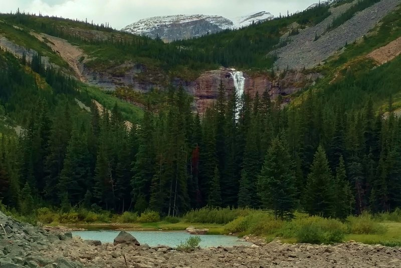 Waterfall at the outlet of the second Geraldine Lake, as seen from Geraldine Lakes Trail.