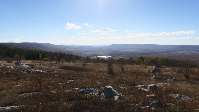 Outlook on Rocky Ridge Trail
