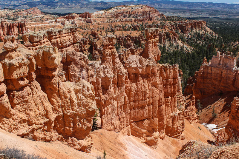 Hoodoos from Sunset Point with Bristlecone Point in the background