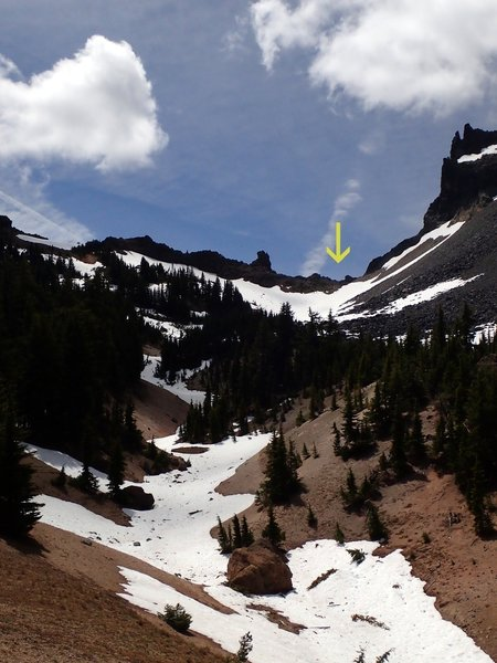 The divide (arrow) at the head of Thielsen Creek.