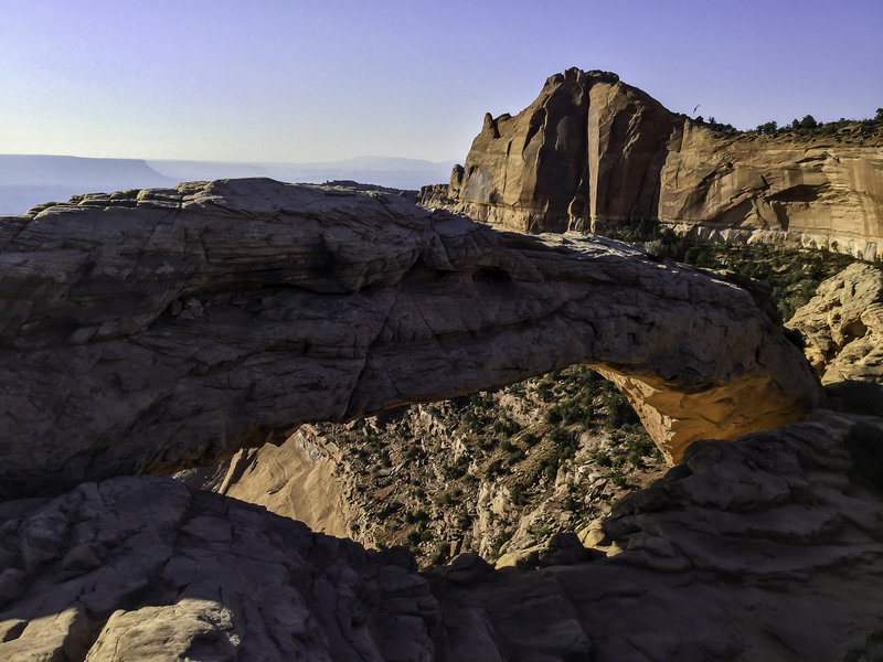 Looking through Mesa Arch.