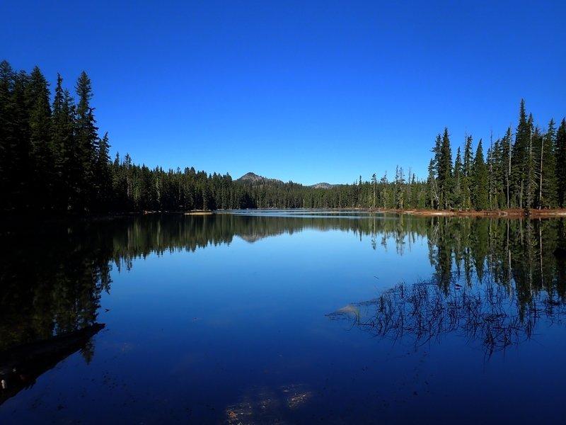 Heavenly Twin Lakes (North)