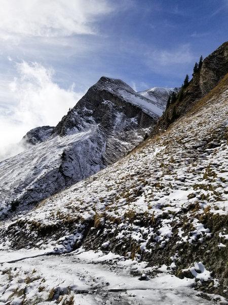 Descending through the valley to Gitschenen