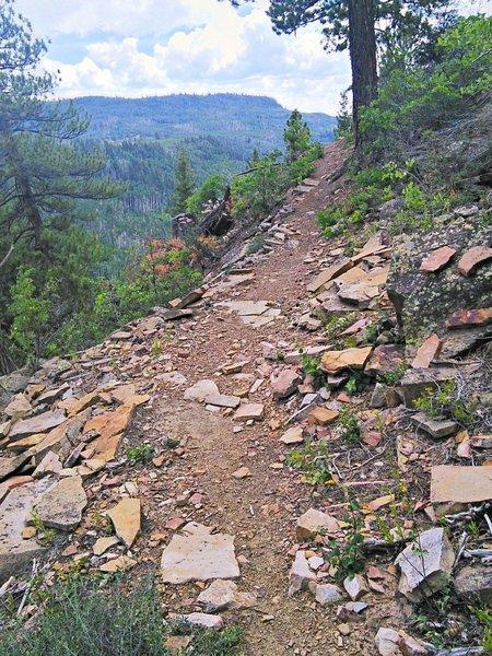 Rolling along the ridge on the Mancos Rim Trail
