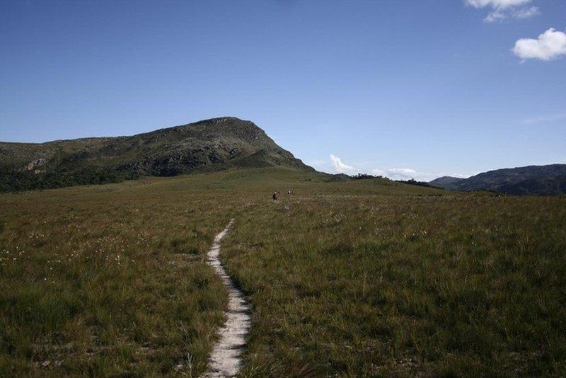 Trail to Braunas Waterfall