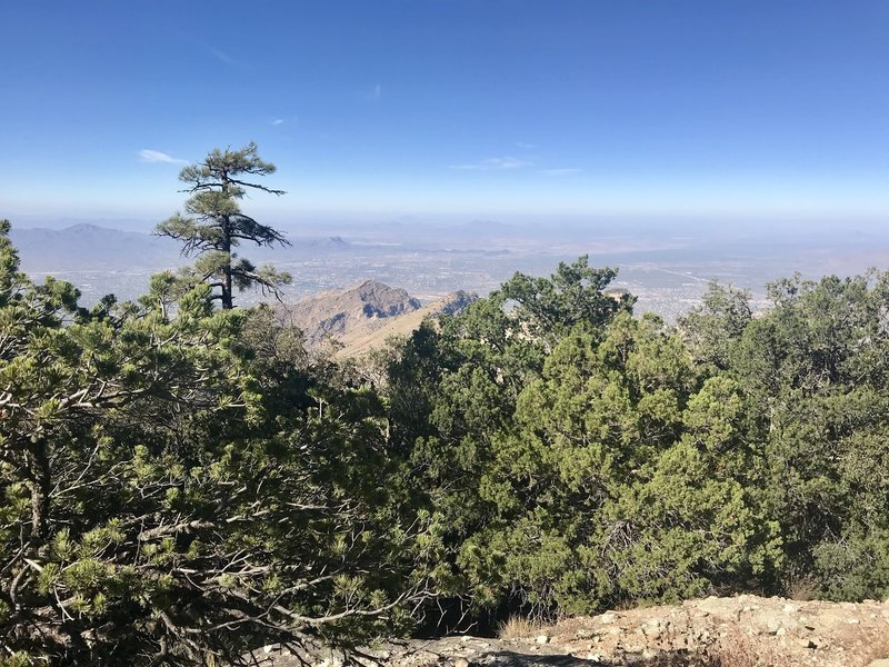 Looking down on Pusch Ridge with Pusch Peak clearly in the middle from Mount Kimball