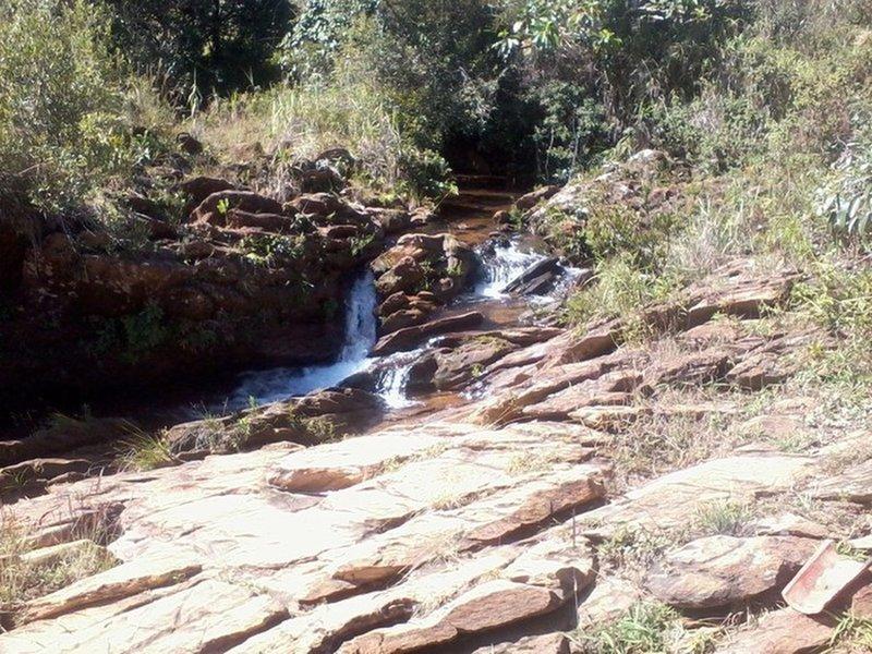 Tinta Roxa waterfall