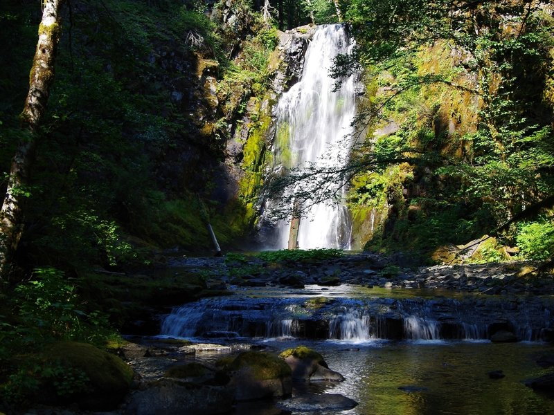 Chinook Creek Falls