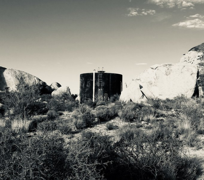 Old (water?) tank, by Ryans Ranch.
