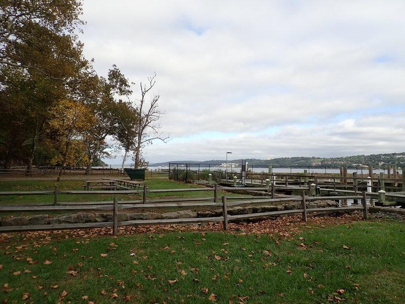 Alpine boat basin and picnic area