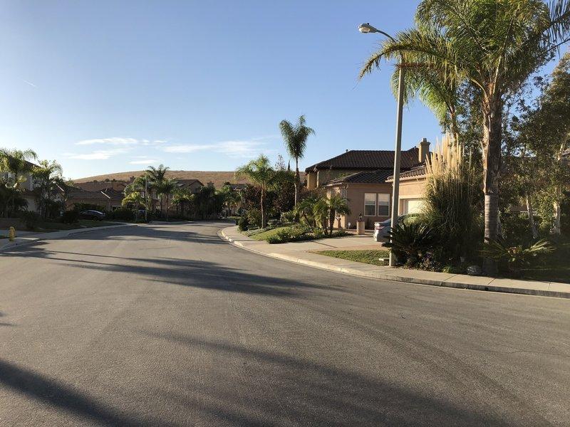 Last part of the loop, back through the residential neighborhood.