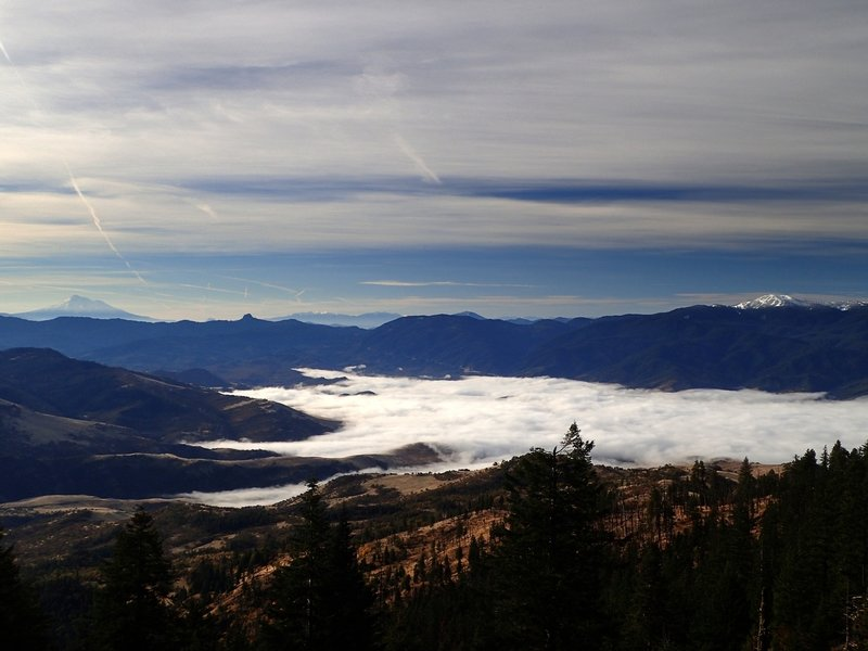 View of Mt. Shasta, Pilot Rock, and Mt. Ashland from the western viewpoint