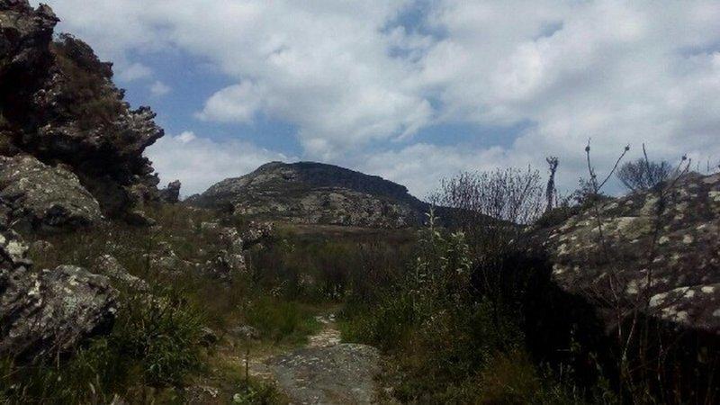 The Itambé peak just ahead