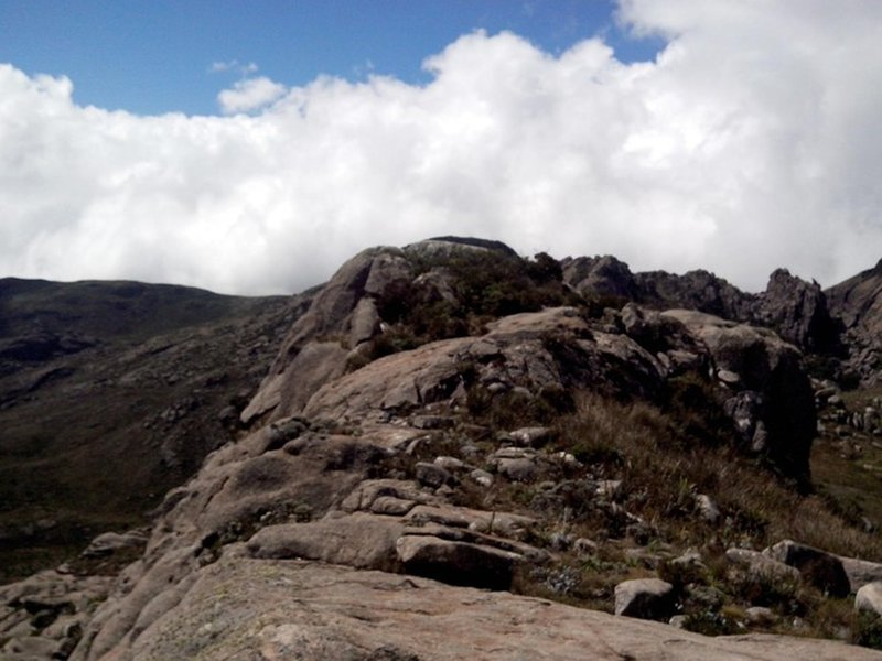 Pedra do Altar summit