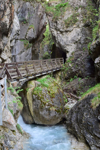 Imst Rosengartenschlucht: The Rosengartenschlucht is a protected landscape area in Imst (Tyrol).