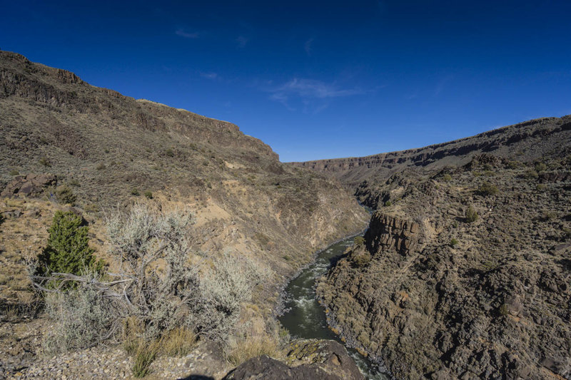 The view of the Rio Grande Canyon from the end of la Vista Verde Trail.