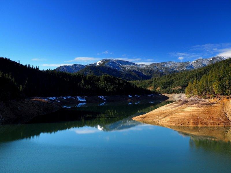 Collings Mountain above Applegate Lake