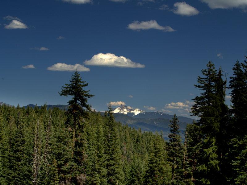 Mount Thielsen from Alkali Meadows