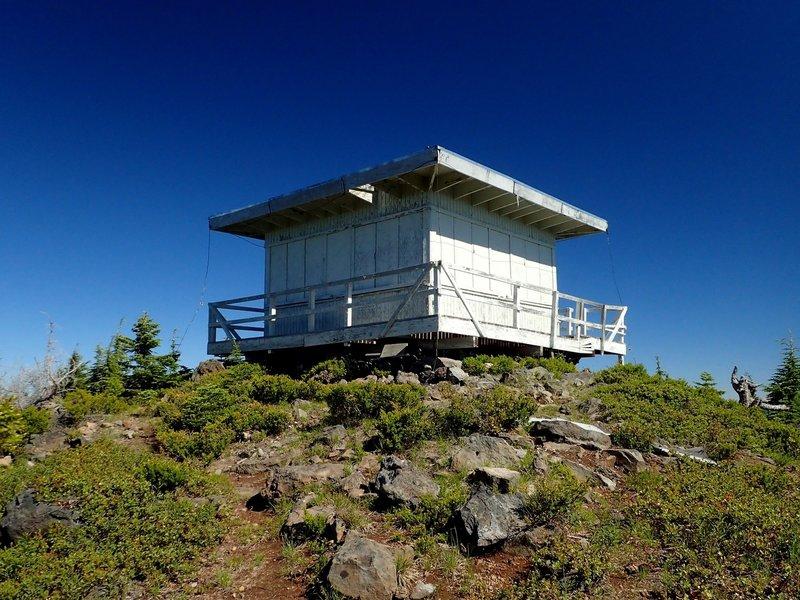 The Waldo Mountain Lookout