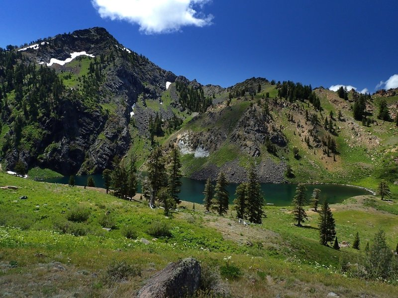 Boulder Peak over Lower Wright Lake
