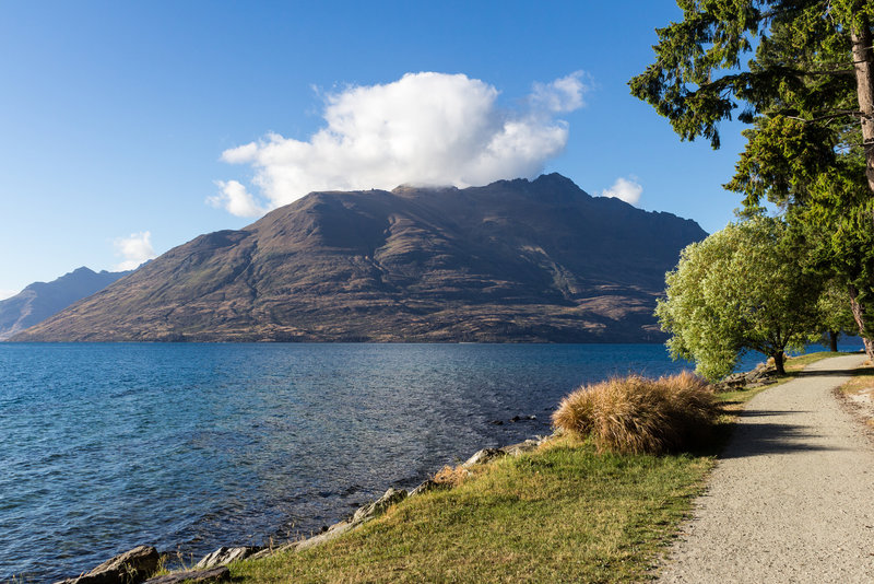Lake Wakatipu on a beautiful sunny morning from the Queenstown Gardens
