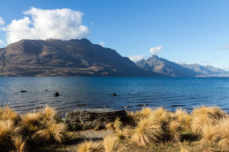 View from the shore of Lake Wakatipu in Queenstown Gardens
