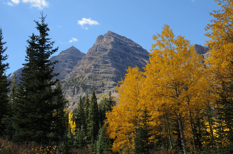 Maroon Bells on a beautiful fall day
