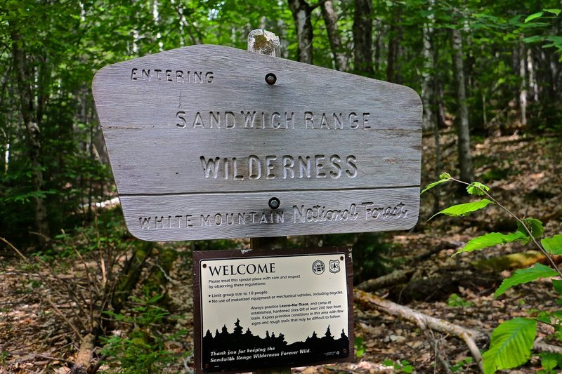 Sandwich Range WMNF entrance sign