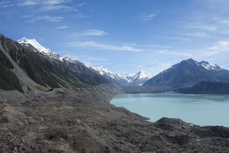 Lake Tasman with snowcapped Aoraki / Mt. Cook at the left, followed by Mt. Haidinger, Graham Saddle, De La Berche, the Minarets, and Novara Peak and Mt. Johnson (left bump).