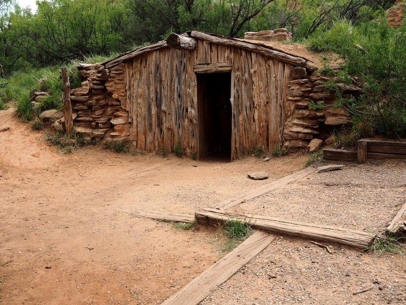 The historic cowboy cabin along the Paseo del Rio Trail