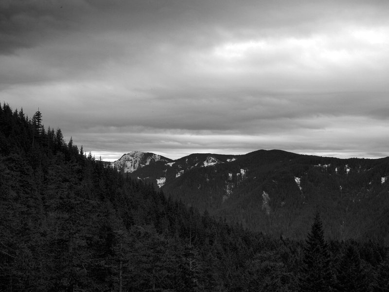 Tanner Butte from the outcrop on Ruckel Ridge