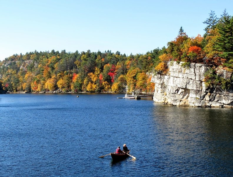 It's true there isn't solitude climbing up the Labyrinth and the Lemon Squeeze, but the views more than make up for the crowds.  Here is an Autumn view of Lake Mohonk.