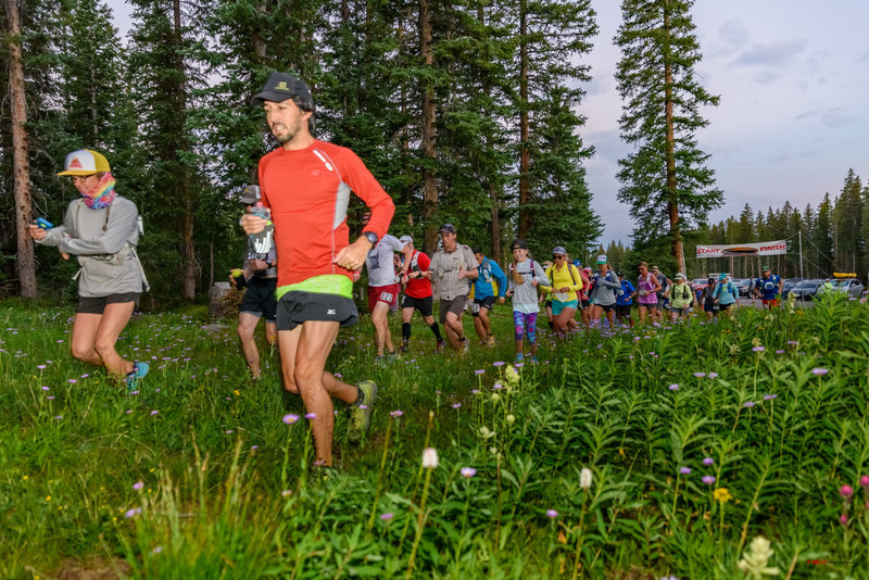 Racers heading out on the Grand Mesa Ultras.