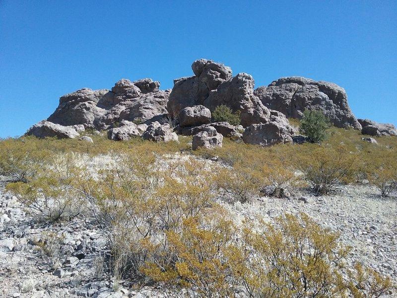Rocky outcrop near the trail